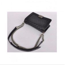 BOLSA CHANEL LE BOY PREMIUM TOP